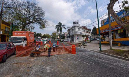 Cierre parcial de circulación en las avenidas Ávila Camacho y Orizaba; total, en la calle Perú