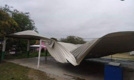 Solicitarán recursos al Fonden por 63 escuelas dañadas por el Frente Frío 41: Zenyazen Escobar