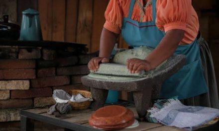 Libro de recetas tradicionales, creado por abuelitos mexicanos