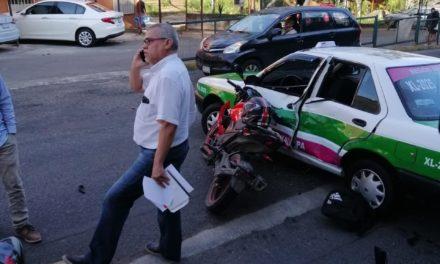 Accidente de tránsito en la avenida Rébsamen en Xalapa