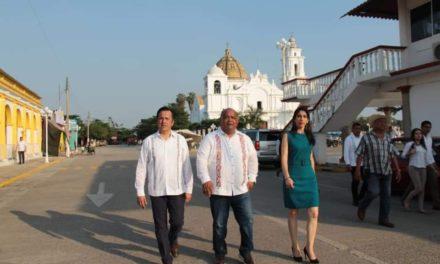 Cuitláhuac García supervisó trabajos de rehabilitación en Otatitlán