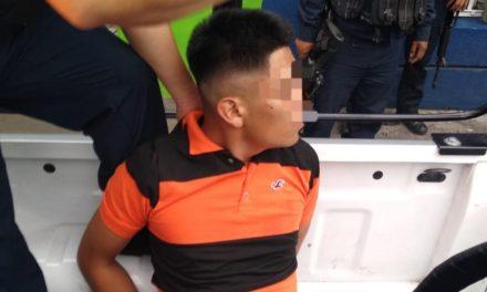 IPAX Córdoba: Mujer policía y municipales detienen a dos