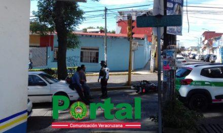 Accidente de tránsito sobre la Avenida Américas esq. Avenida Pípila, de la Col. José Cardel