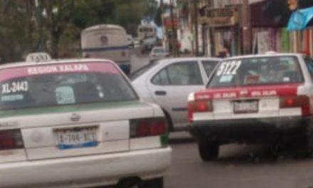 Choque en la avenida Pípila esquina Gobernador Jorge Serdán