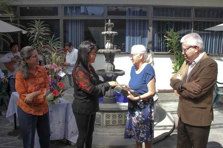 Maite Sampieri, Celia Cristina Contreras, Delia Mercedes Amaya del Moral y José Luis Martínez