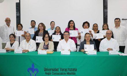 Comce certificó a académicos de Enfermería, campus Minatitlán