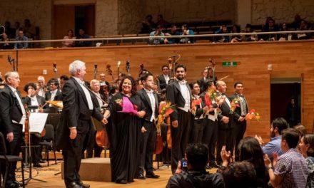 En concierto de la OSX, Tosca hizo vibrar Tlaqná