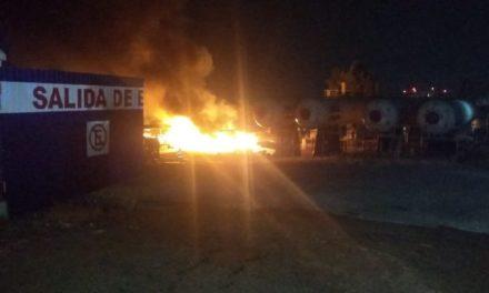Fuerte explosión e incendio en la planta de Gas de Xalapa