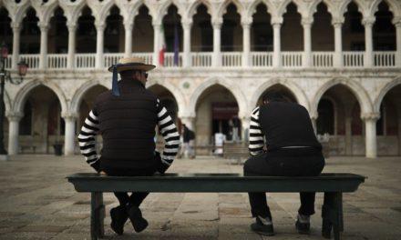Desolada luce Venecia tras brote de coronavirus en Italia