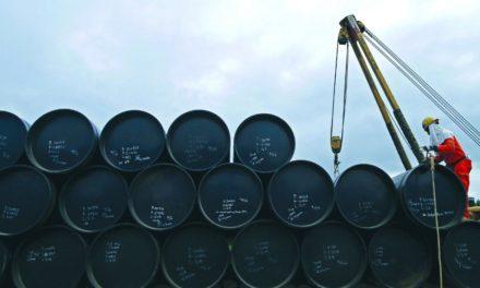 Mezcla mexicana cae 31.6% y se hunde a los 24.43 dólares por barril