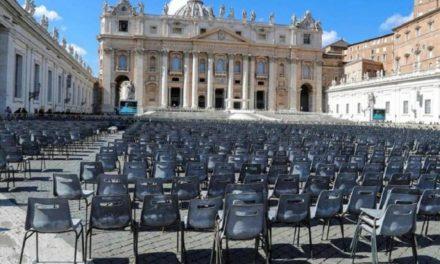 Vaticano cierra Plaza y Basílica de San Pedro a turistas por coronavirus