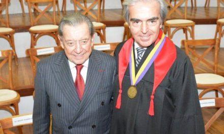 Lorenzo Lazo Margáin Doctor Honoris Causa por el Instituto Interamericano de Investigación y Docencia en Derechos Humanos.
