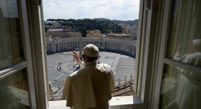 El Papa Francisco dará las misas a puerta cerrada y vía internet por el COVID-19