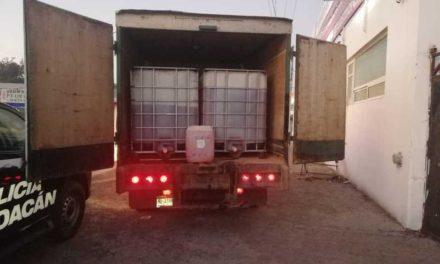 Detienen a sujeto con más de 3 mil litros de hidrocarburo ilegal
