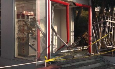 Intentan robarse cajero de calle Coronel Pablo Frutis en Xalapa