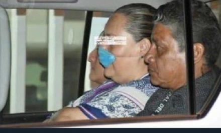"""Detienen en Xalapa a la excomisionada del Instituto Veracruzano de Acceso a la Información, Yolli """"N"""
