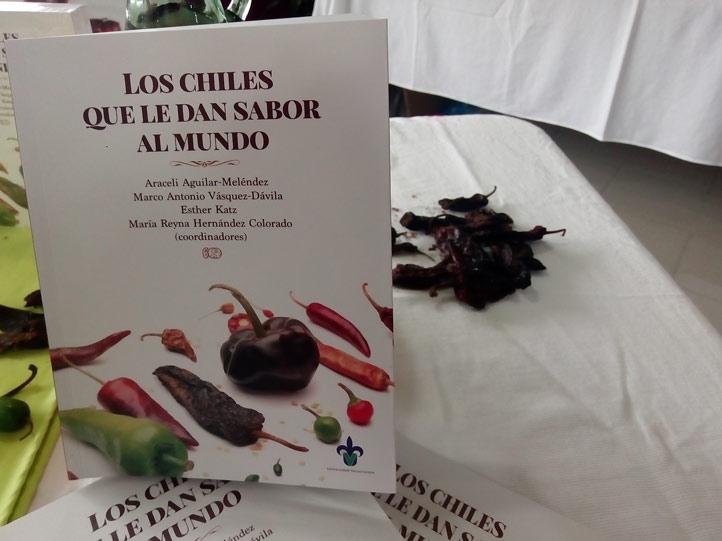 Portada de Los chiles que le dan sabor al mundo: contribuciones multidisciplinarias
