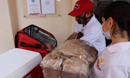 Restaurantes de Acapulco regalan comida a médicos ?