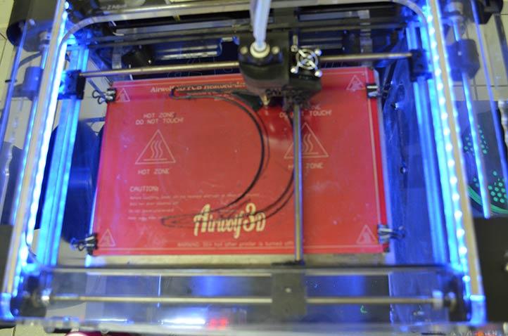 Impresora 3D de la Facultad de Ingeniería Mecánica y Eléctrica