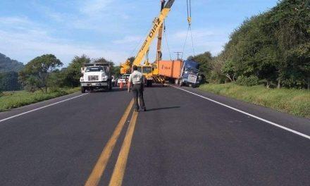 Accidente en carretera Xalapa – Perote, a la altura de Plan de Sedeño
