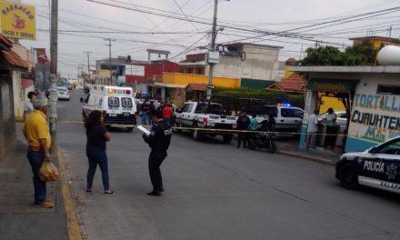 Persona sin vida en la calle Heriberto Jara Corona de la colonia Constituyentes de Xalapa