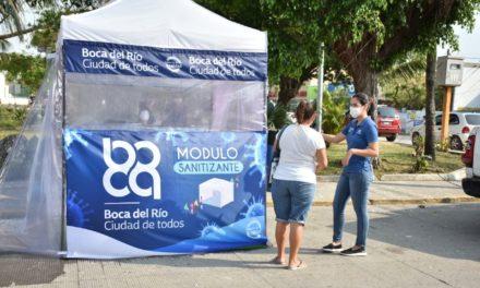 Instalan módulos de sanitización en Boca del Río, para los ciudadanos ante la contingencia de Covid-19.