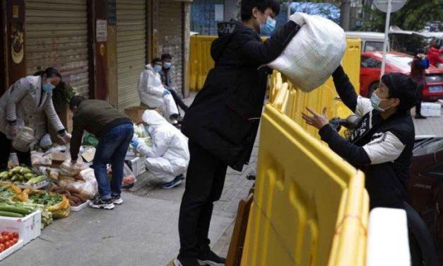 Wuhan regresa a la normalidad; ya tienen vendedores ambulantes