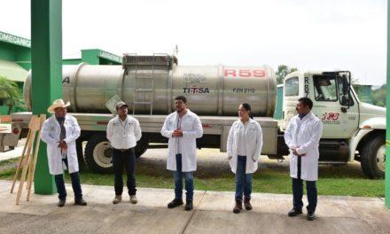 En el Tecnológico de Misantla, elaboran 10 mil 730 litros de sanitizante, que será donado a la Secretaría de Salud