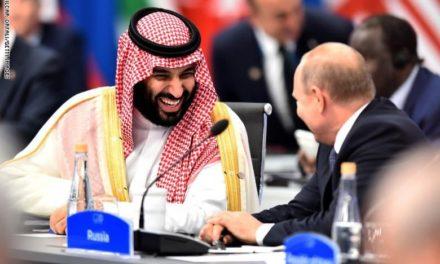 Logran acuerdo Rusia y Arabia Saudita, petróleo al alza