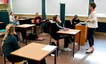 Los niños vuelven a clases en Dinamarca, tras cuarentena