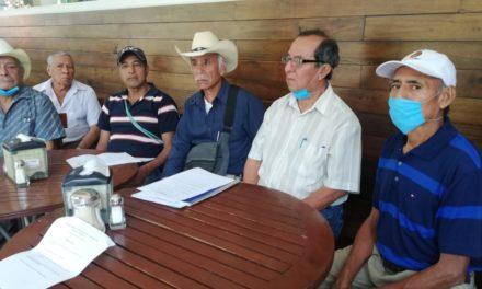 Cafetaleros de la región de Xalapa pidieron que los apoyos federales a ese sector se continúen entregando de forma directa y no a través de líderes