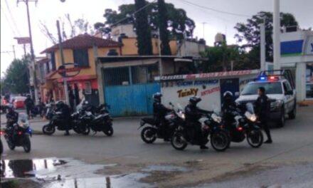 La tarde de este jueves, una mujer fue agredida a balazos en la calle Río Pánuco de la colonia Carolino Anaya de Xalapa