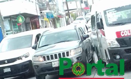 Choque en avenida 20 de Noviembre a la altura de CAXA