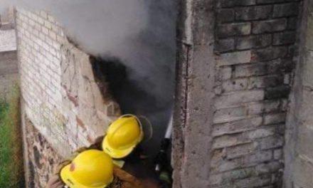 Le prende fuego a su vivienda colonia Lomas de San Roque, en Xalapa