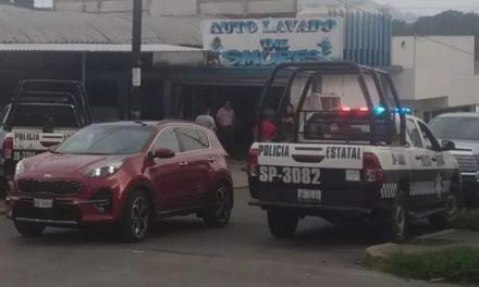 Los despojan de su camioneta en autolavado de Xalapa