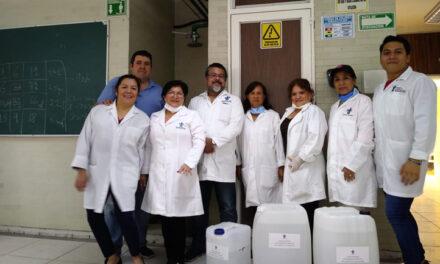 UV entregó al IMSS 230 litros de gel antibacterial