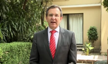 Esteban Moctezuma agradece esfuerzo adicional de madres ante emergencia por COVID-19