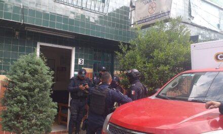 Movimiento policíaco en la Colonia Revolución, luego de que se reportaron detonaciones de arma de fuego.
