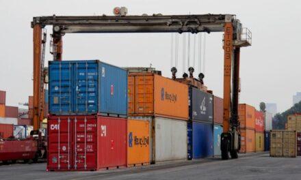 Exportaciones de México se desploman 40.93% en abril, su peor baja desde 1991