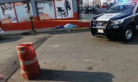 Le niegan atención médica a niño en clínicas de Valle de Chalco y muere en la calle