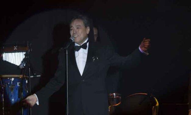 Cantante Yoshio continúa grave por coronavirus