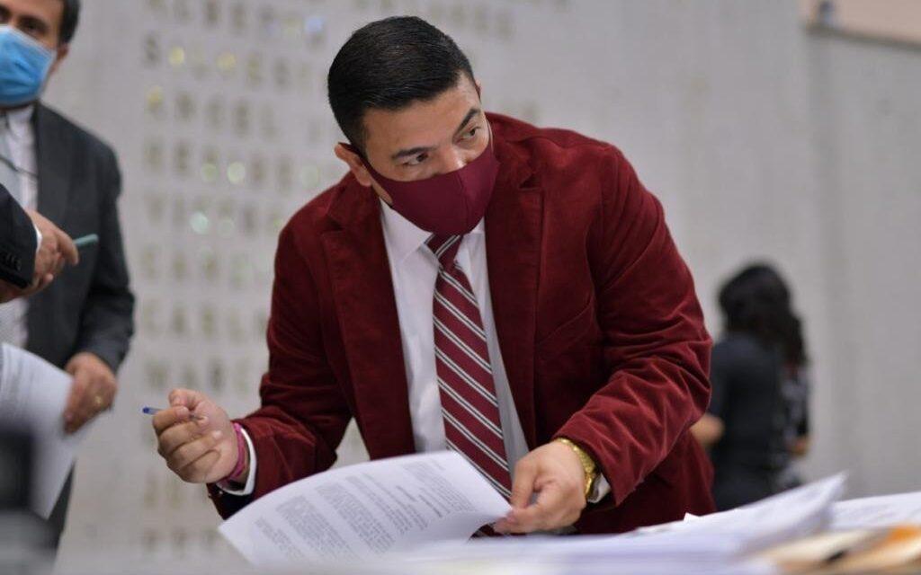 Entrega diputado Juan Javier Gómez su Primer Informe de Actividades Legislativas