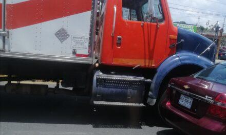 Accidente de tránsito en el bulevar Xalapa Banderilla, a la altura de la Colonia 21 de Marzo