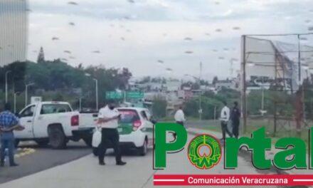 Se accidentan trabajadores de CFE en la carretera Las Trancas – Coatepec