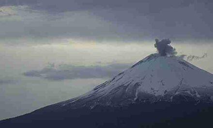 142 exhalaciones y 491 minutos de tremor en el Popocatépetl