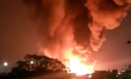 VIDEO: Se incendia planta de químicos de Nuevo León