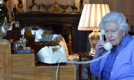 Medios británicos aseguran que la reina se retirará durante su confinamiento, y eso implicará un papel más importante para sus herederos.