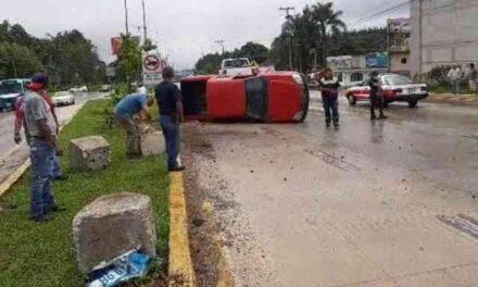 Dos accidentes más en la carretera Xalapa-Coatepec, a la altura de La Florida