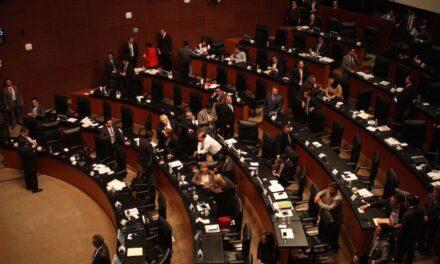 Se notifica en la Comisión Permanente desintegración de los Grupos Parlamentarios del PRD y PES en el Senado de la República