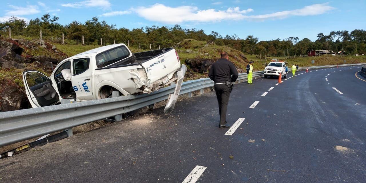 Accidente de tránsito en la autopista Perote-Banderilla-Libramiento de Xalapa